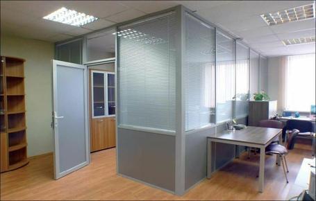 Пластиковые офисные перегородки. Недорого. (6)