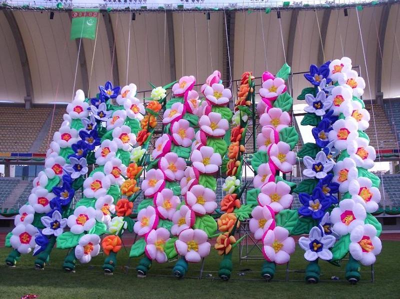 Надувные гирлянды и цветы Inflatable lanterns and apartments Цена за 1 м (2)