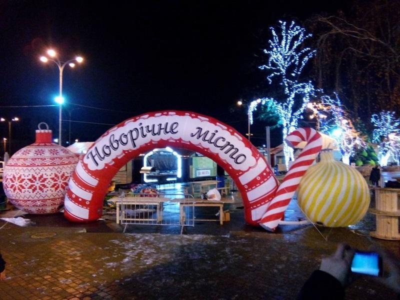 Надувные новогодние фигуры Inflatable Christmas Shapes (3)