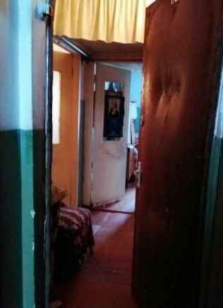 Продам однокомнатную квартиру в центре. (2)