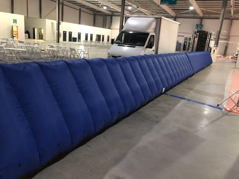 Надувной забор Inflatable fence пит-уолл (5)