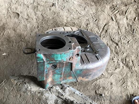 Кожух двигателя д 65 под пускач на трактор ЮМЗ (2)