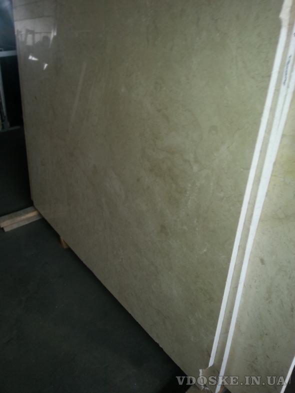 Особомелкозернистые полированные слэбы мрамора и оникса в складе в Киеве. Распродается 2850 кв.м. (5)