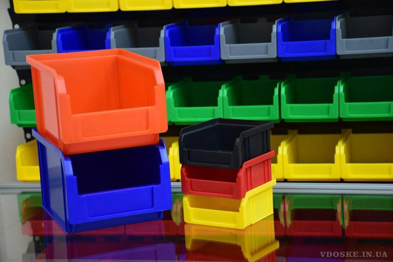 Стелажі для метизів Луцьк металеві складські стелажі з ящиками (5)
