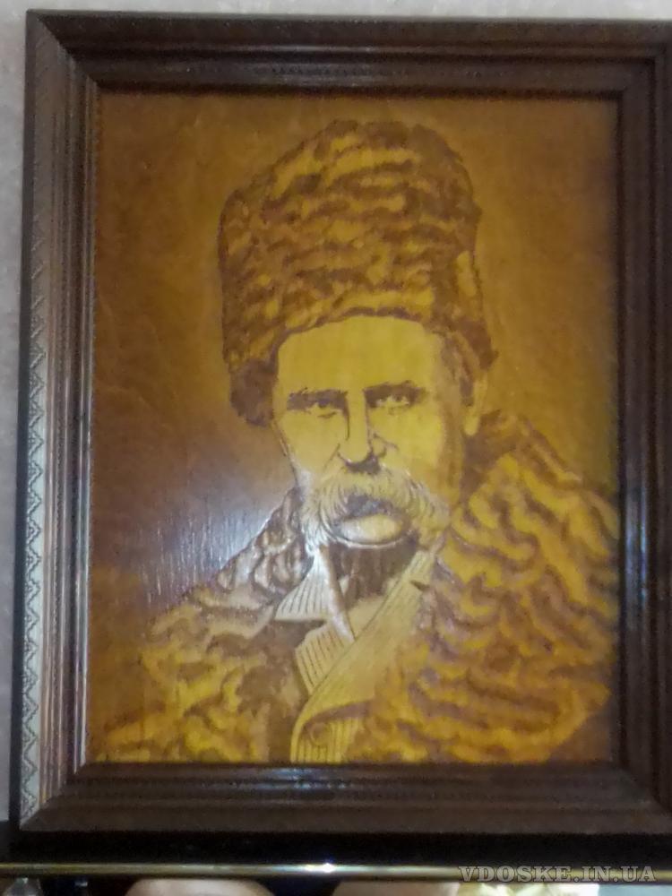 Выпаленный на дереве портрет Т. Шевченко. (2)