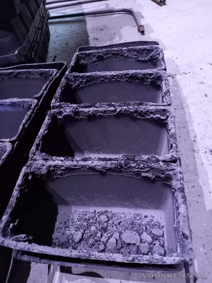 Послуги очистки, покриття форм та дек антипригарним покриттям. Ремонт форм та обладнання. (3)