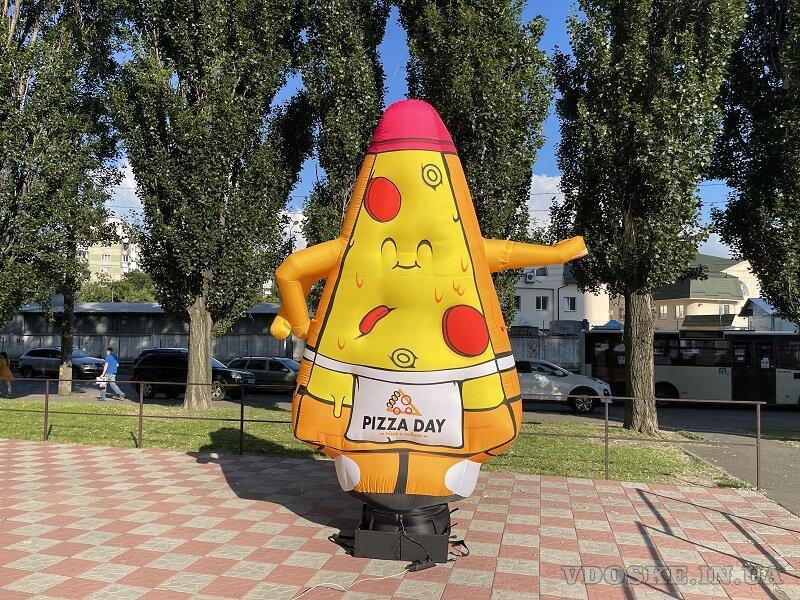 Надувная реклама пицца (4)