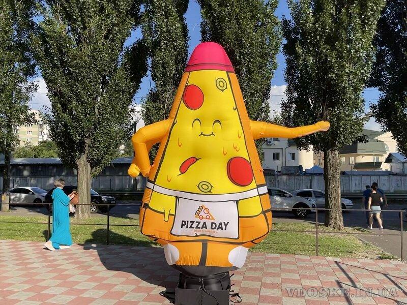 Надувная реклама пицца (5)