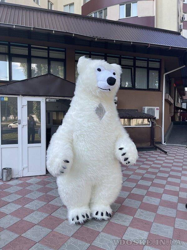 Начните продвижение с надувным костюмом белого медведя (5)