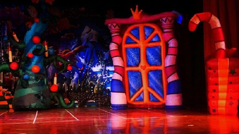 Надувные сценические декорации Inflatable stage decorations