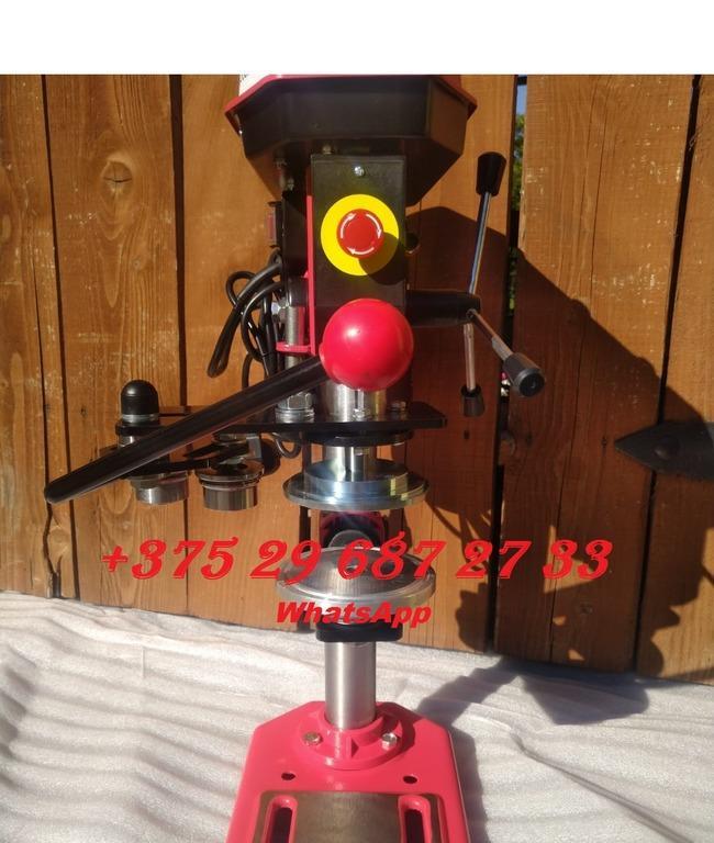 Укупорка банок d 72.8mm h 84-95mm, Машина закаточная