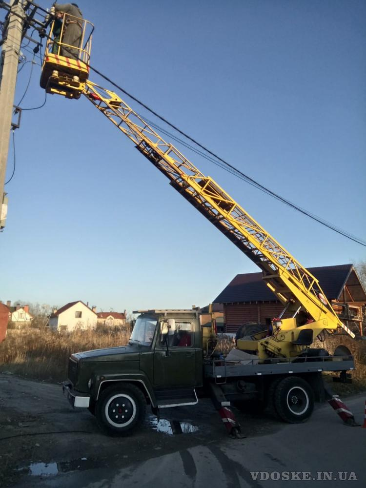 Арендовать автовышку 17 м в Киеве. Заказать автовышку с бригадой специалистов