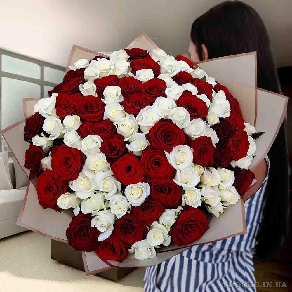 Лучший выбор букетов 101 роза в Харькове