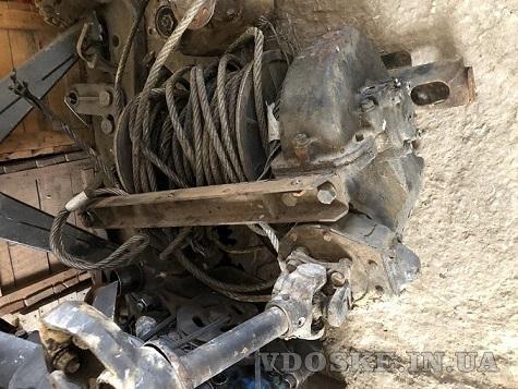 Лебедка Зил 131 плюс кардан, ком, тросоукладчик,  трос