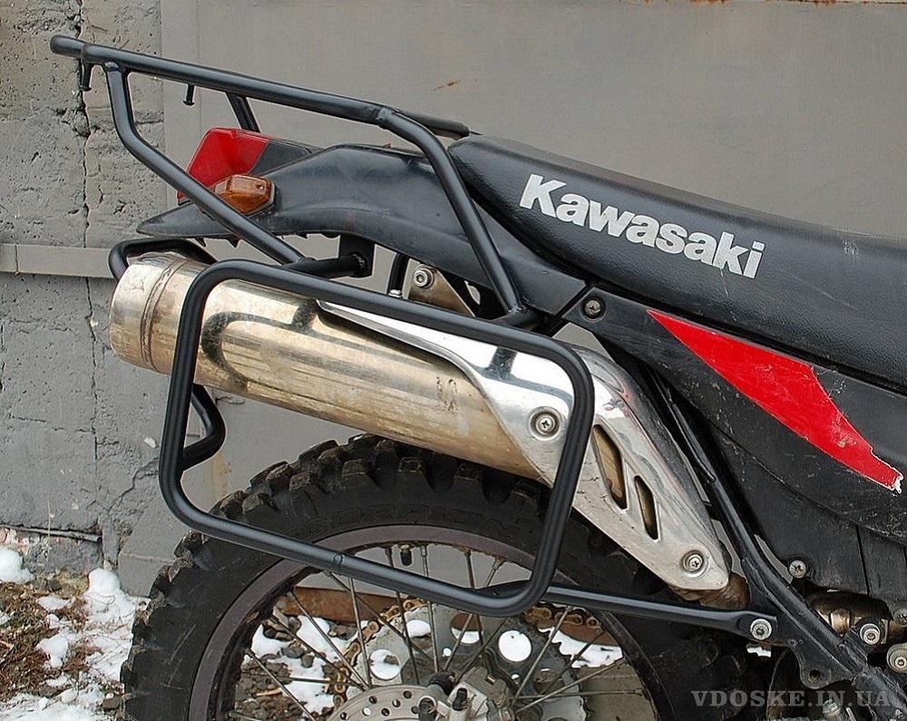 Багажники на мотоцикл. Защитные дуги для мотоцикла. Боковые рамки на мотоцикл.