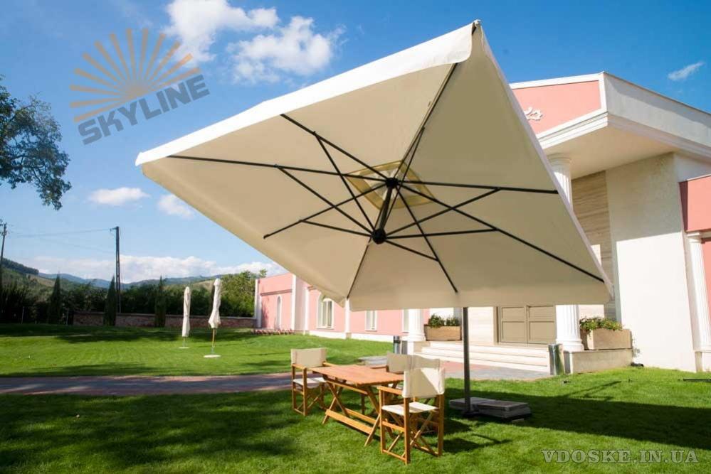 Качественные зонты Scolaro для террас кафе